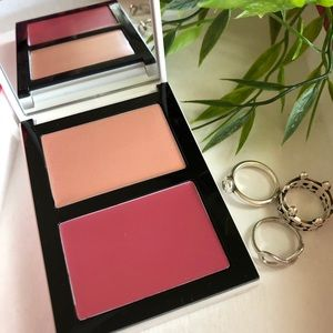 Bobbi Brown Cheek Glow Palette highlighter rouge